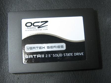 20090614_OCZSSD2-1VTX60G_a.jpg